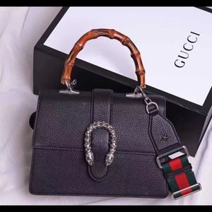 $ 2  6  0  Gucci bag